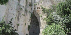 Latomia del Paradiso e Orecchio di Dionisio: Un posto in cui il suono è amplificato