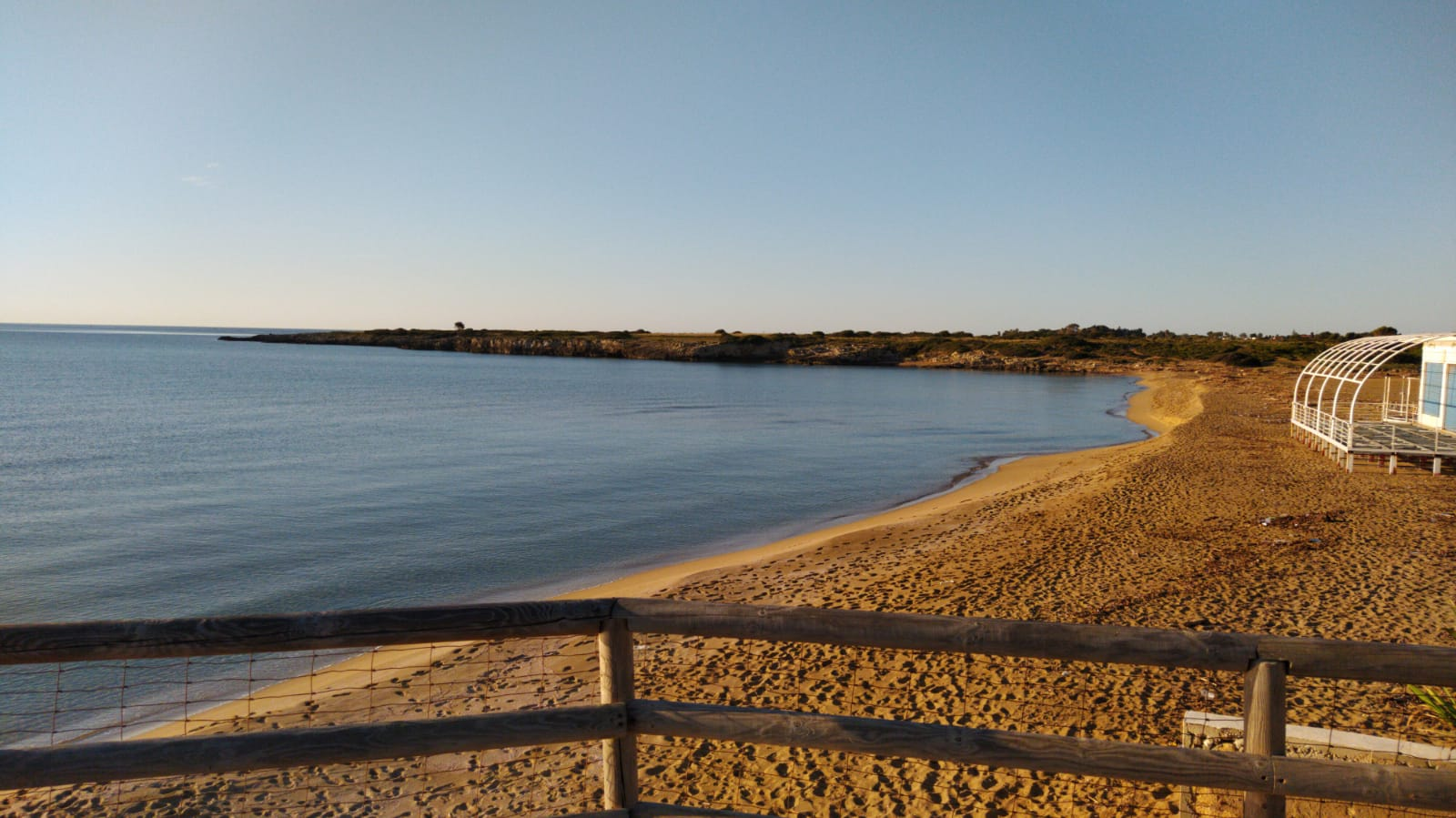 Spiaggia Arenella: Relax sole e mare